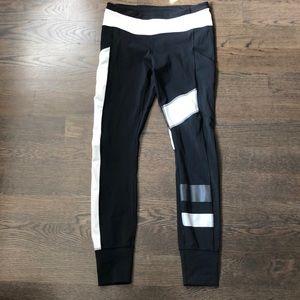 Lululemon striped tights